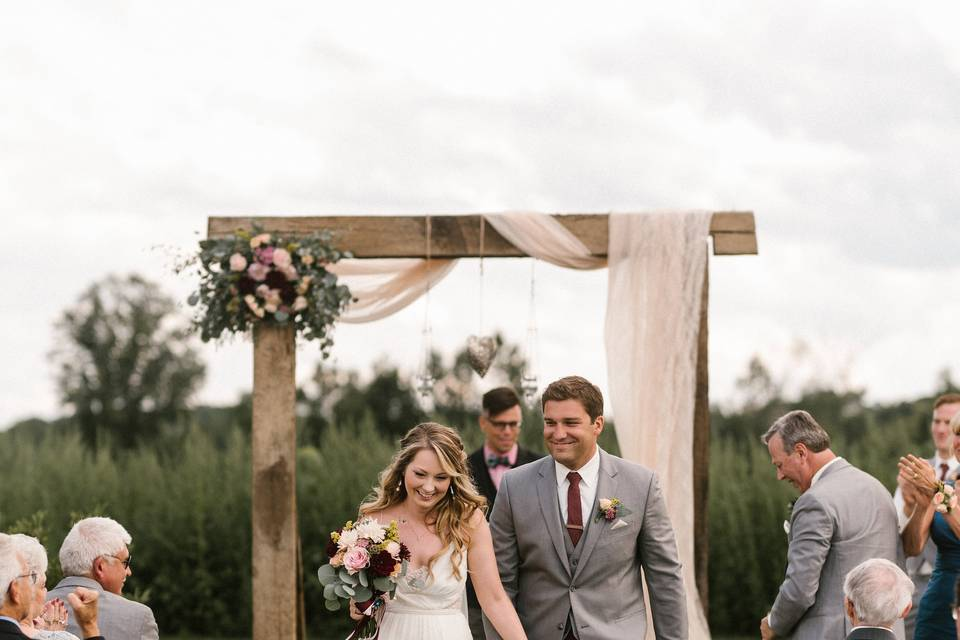 Arch and ceremony decor