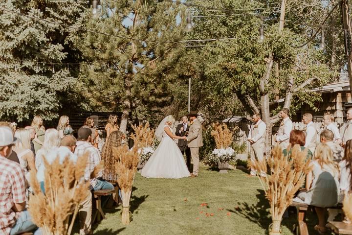 Western backyard ceremony