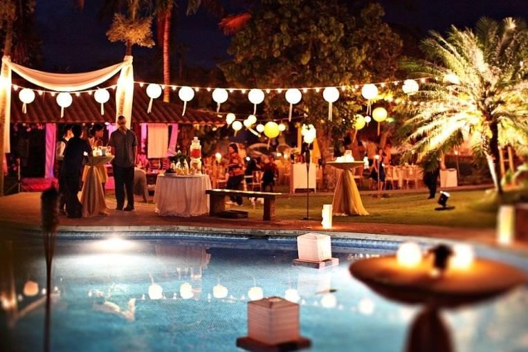 Pool reception