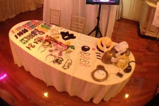 Photo-FUN-Booth by Kri8 Entertainment