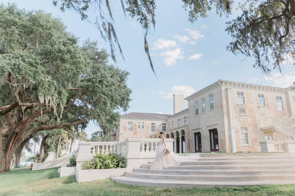 BellaCosa Lakeside Lodge & Venue