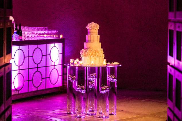 Modern whimsical cake table
