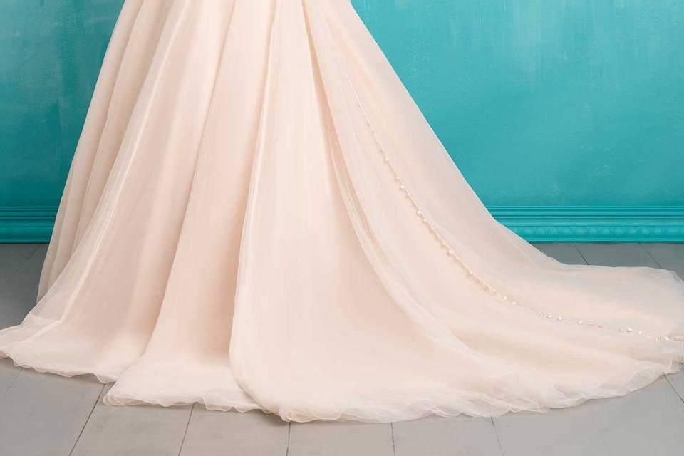 Boulevard Bridal & Prom/Totally Modest