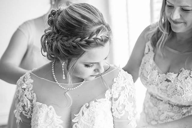 Simply Stunning Bridal
