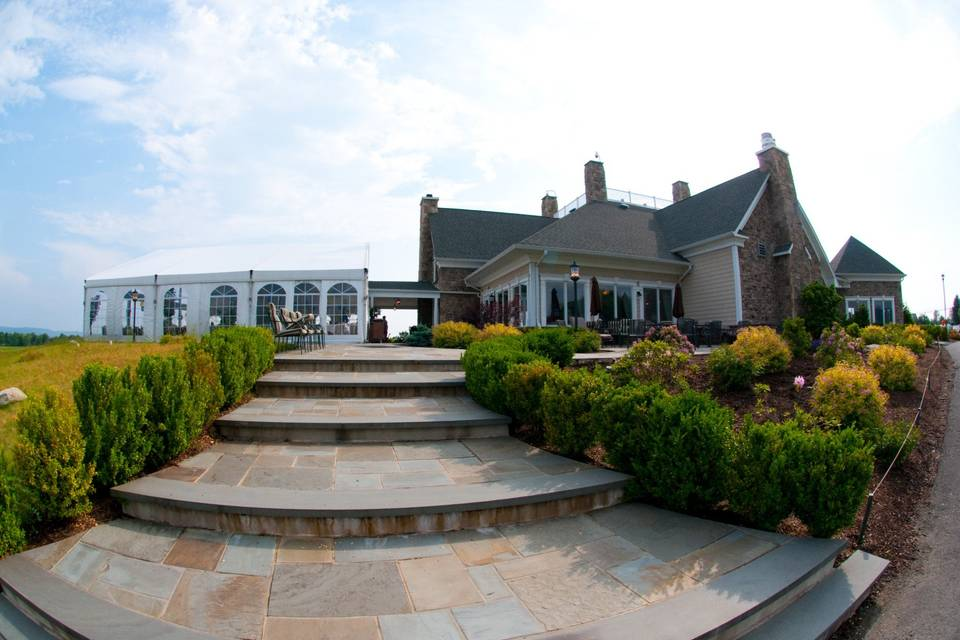 Tent & Clubhouse