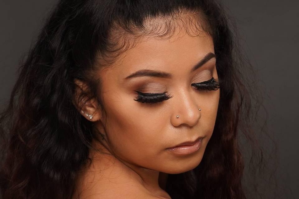 Soft glamorous eye makeup