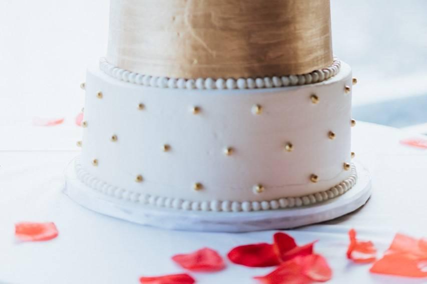 Gold brushed cake