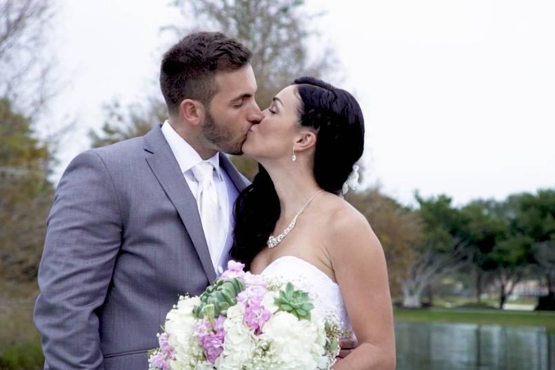 Sumthing Blu Weddings