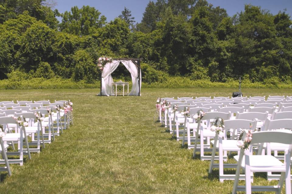 Outdoor ceremony - Echo Hill Productions