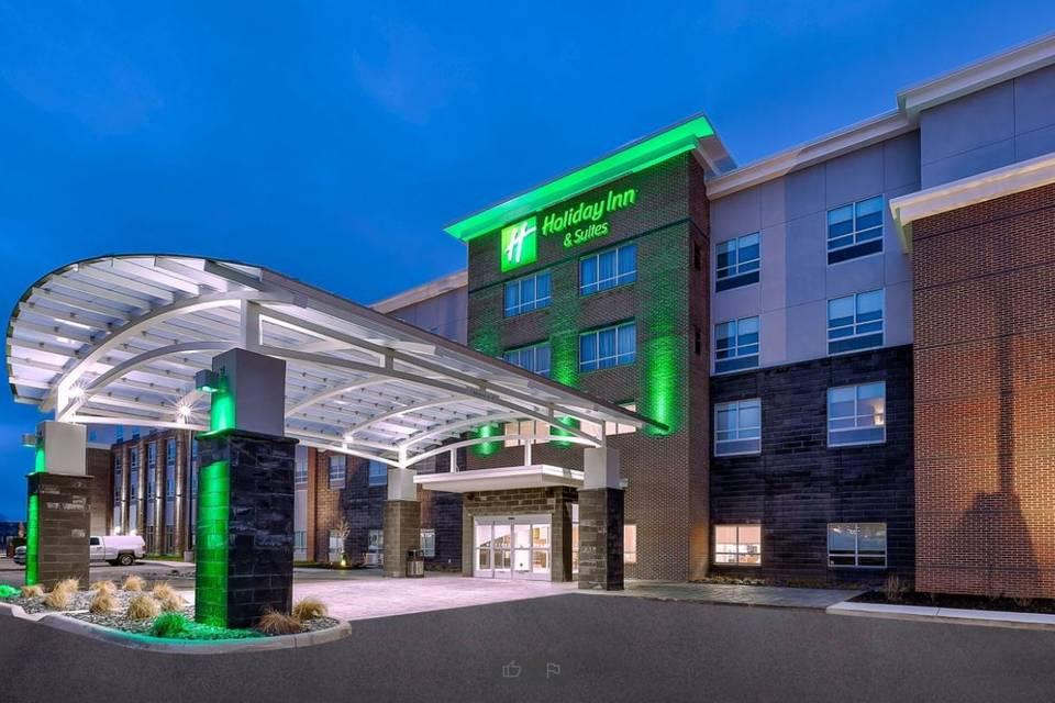 Holiday Inn & Suites Toledo Southwest - Perrysburg