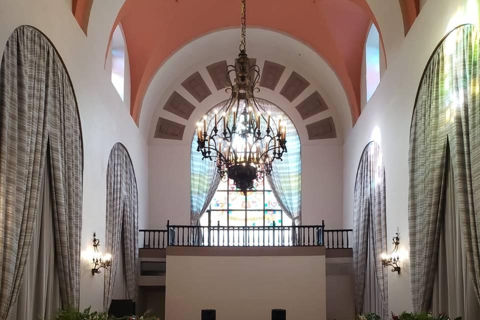 Salon Campeche Front View