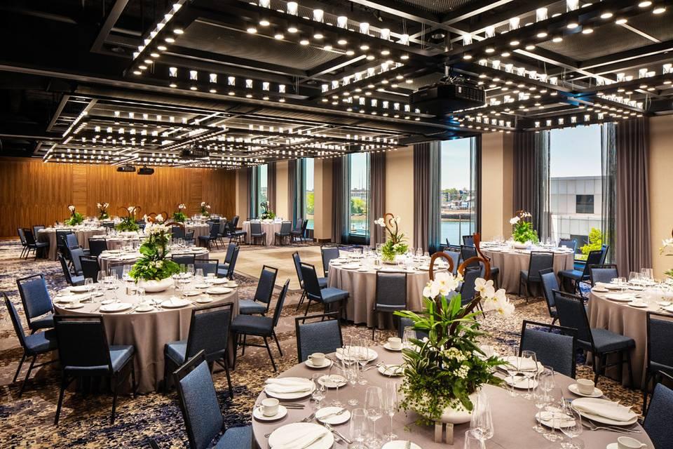 Hampton Inn & Homewood Suites by Hilton Boston Seaport