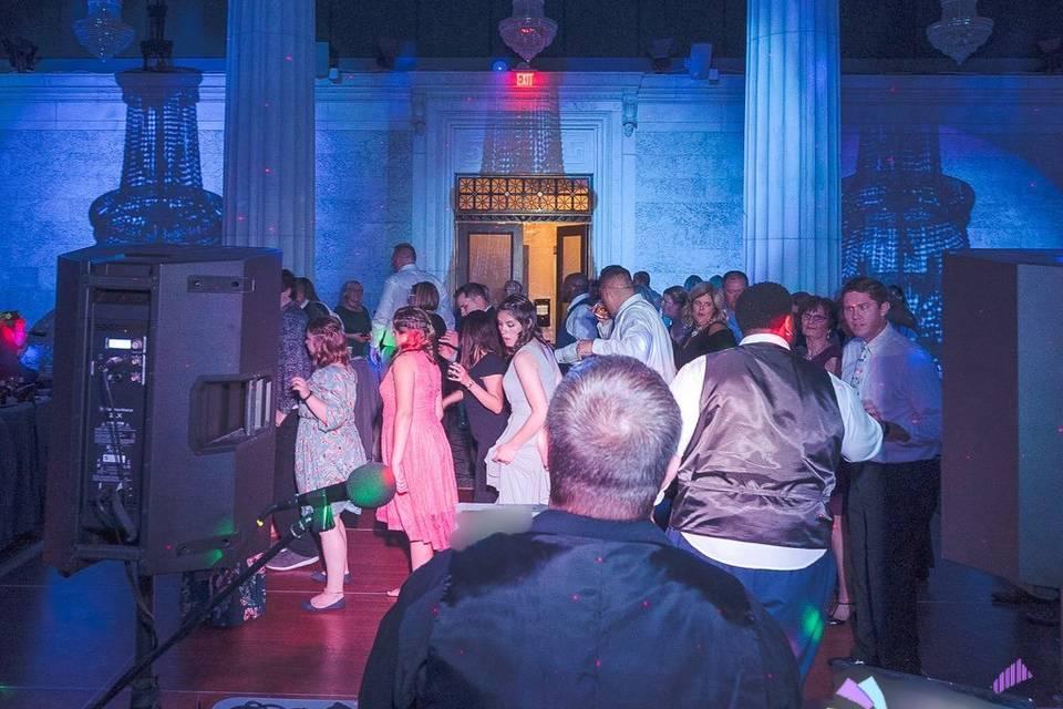 Guests enjoy the dance floorr