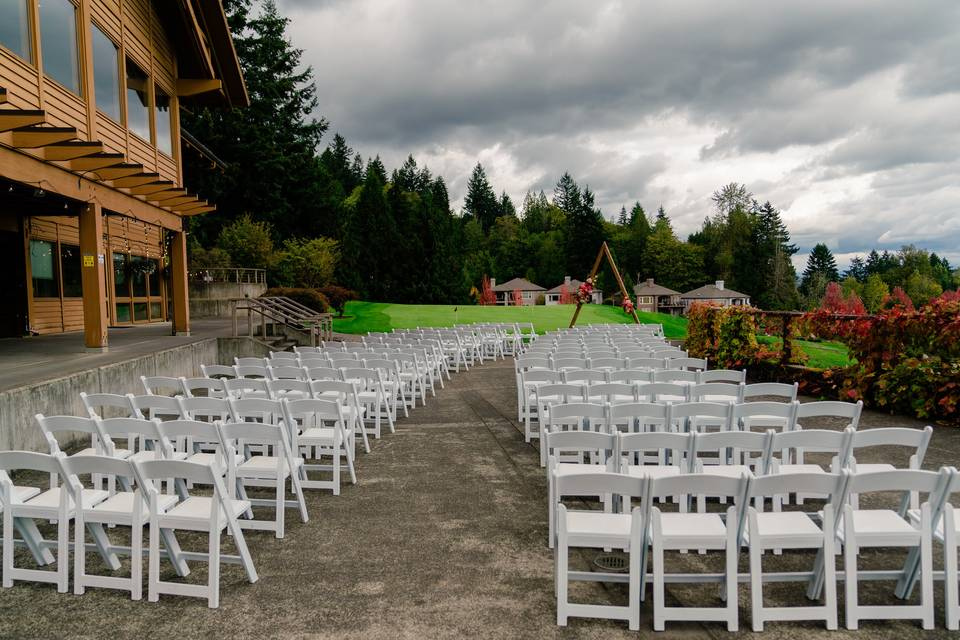 Ceremony Option - décor varies