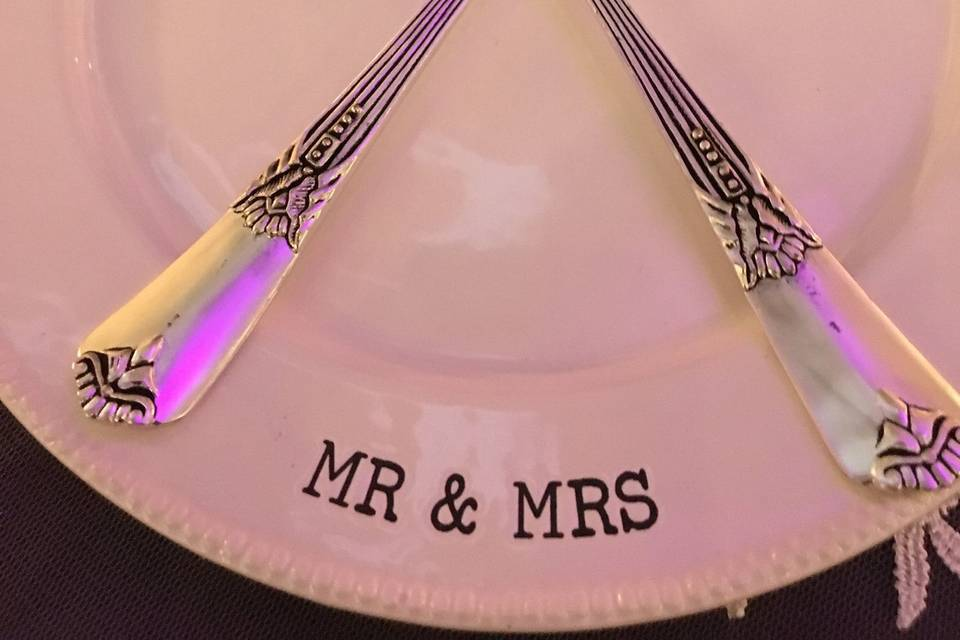 Table utensils and plates