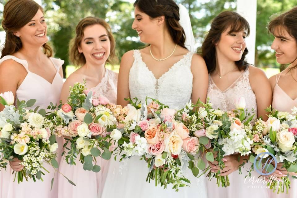 Bride & her girls in Gazebo