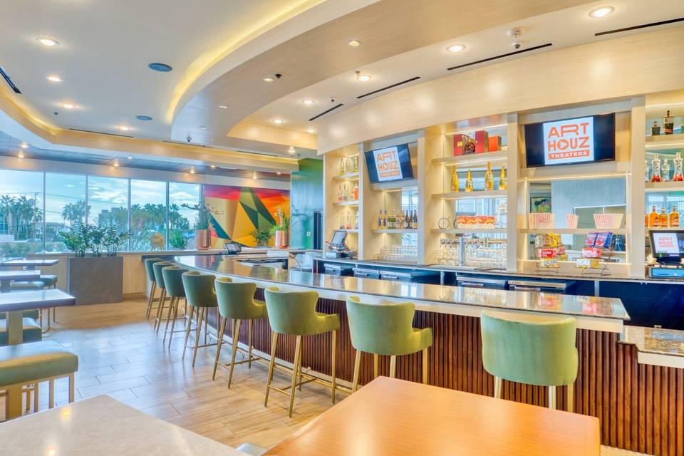 Art Houz Restaurant bar area