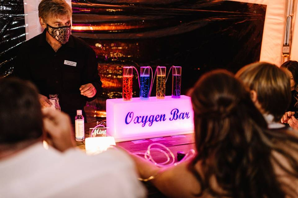 Oxygen bar at wedding