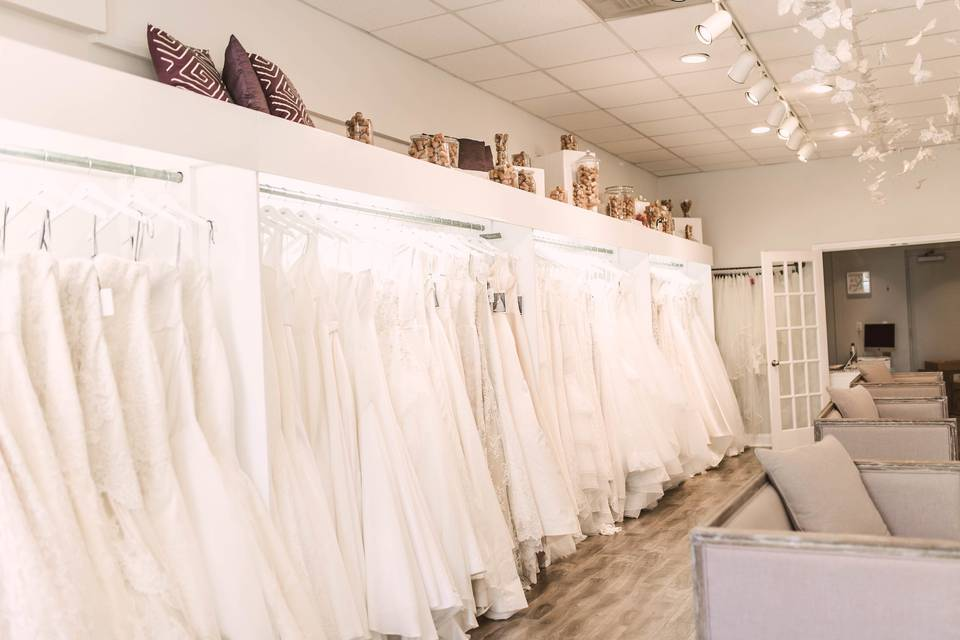 Ladies of Lineage Showroom