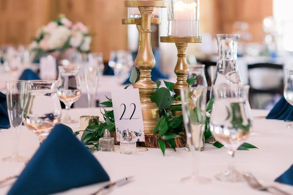 Guest table decor