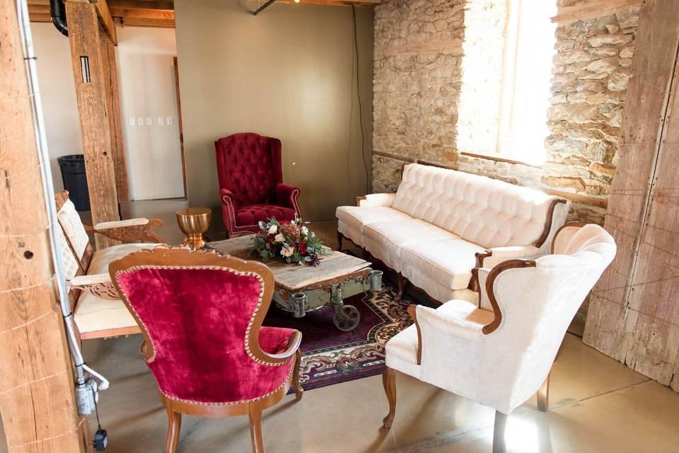 Vintage lounge decor