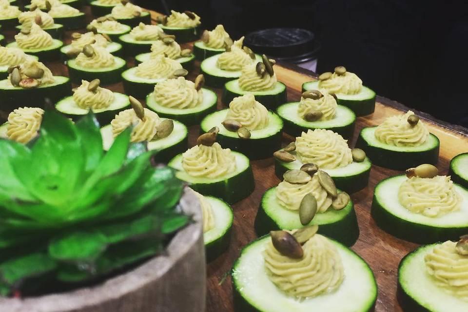 Cucumber & Hummus Bites