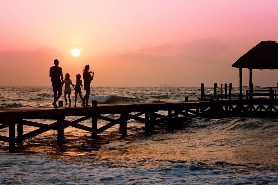Midnight Sun Travel