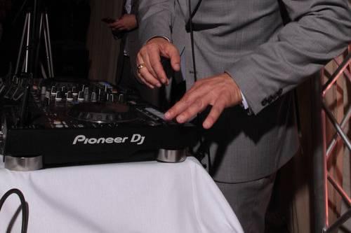 DJ Gus Sverkos