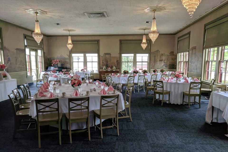 Desdemona's Dining Room
