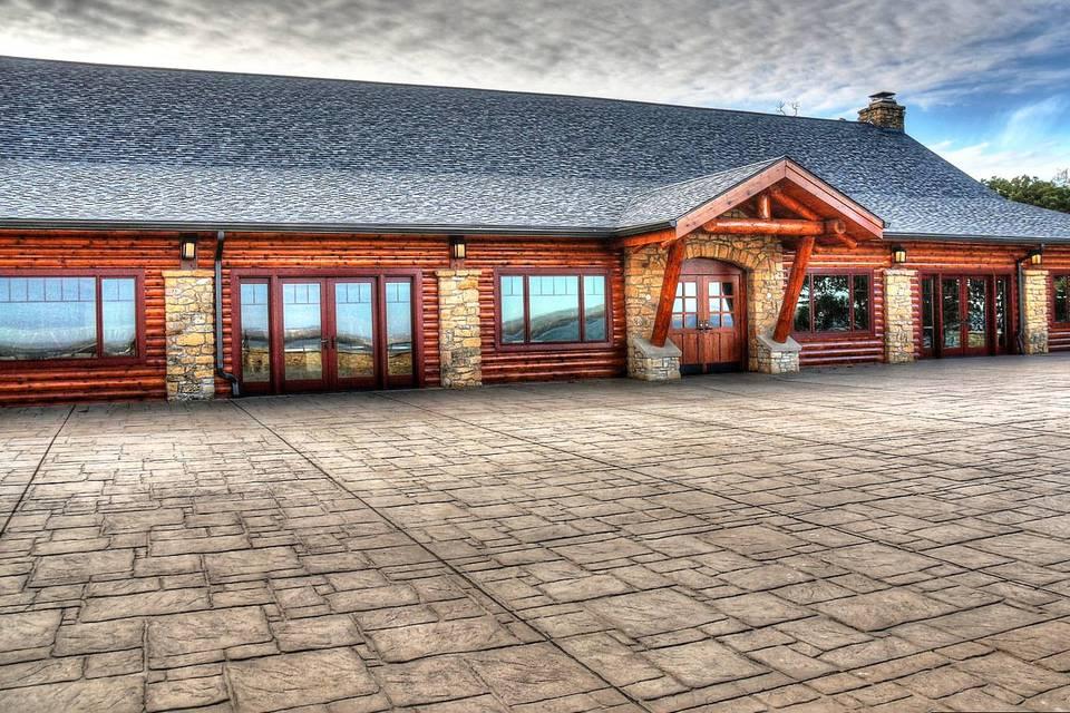 Eagle Point Lodge