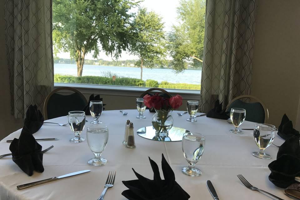 The Lakeside Inn