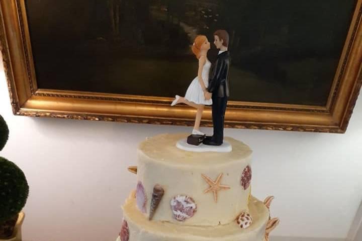 MH Wedding Cake