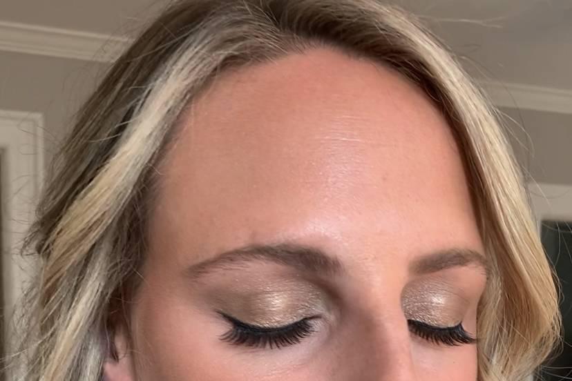 Airbrush makeup #naturalmakeup