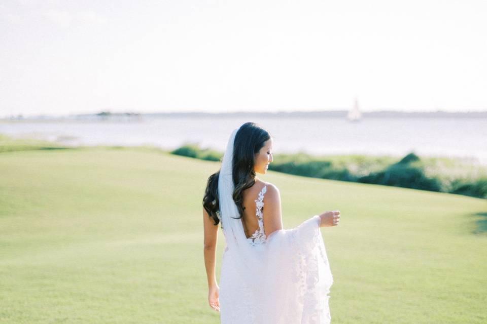 18th Fairway bride