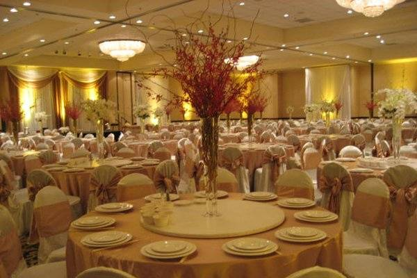 Champagne Ballroom can accommodate 450pp