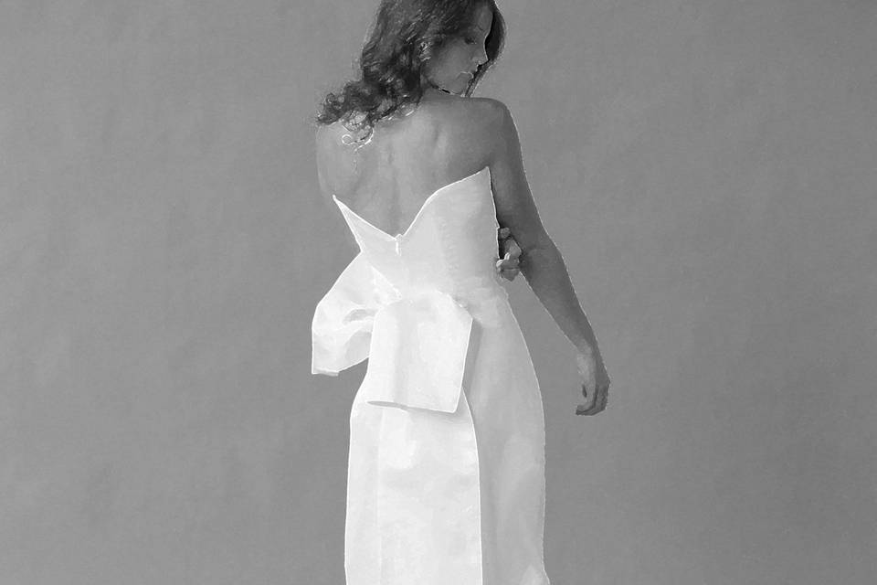 SuZann Custom Gowns & Alterations