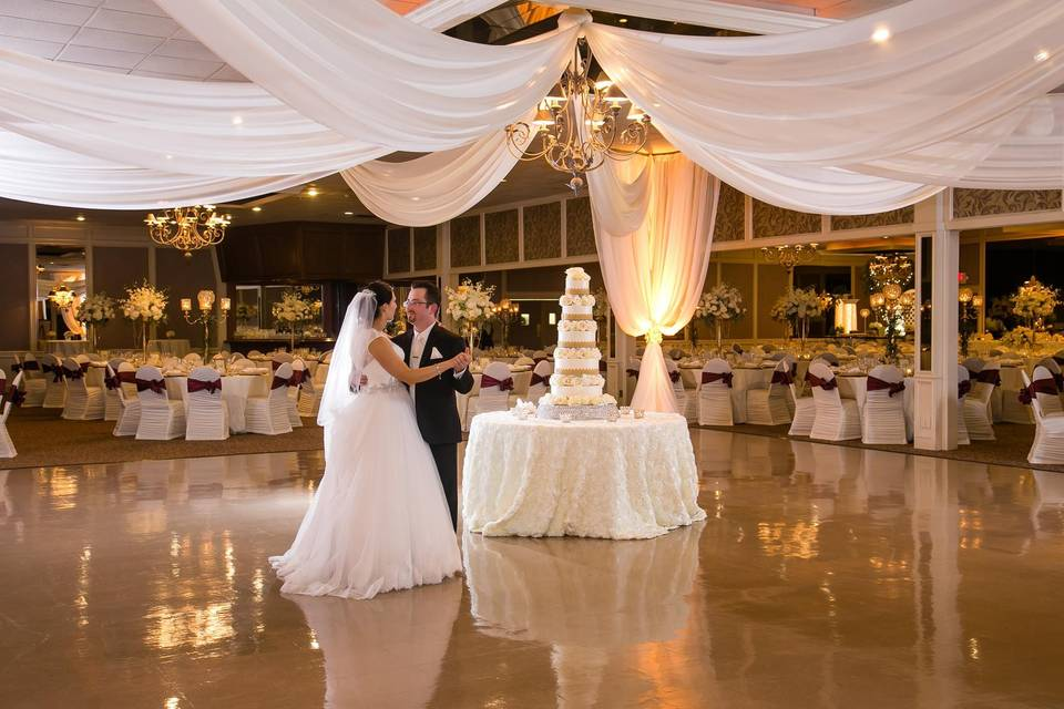 Zuccaro's Banquets & Catering