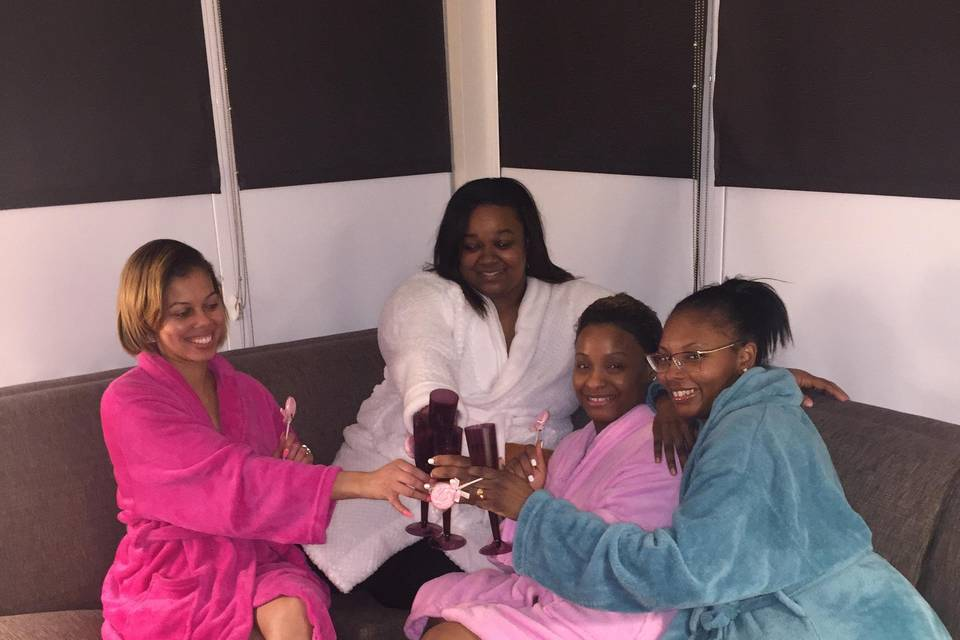 Luxxe Spa Parties