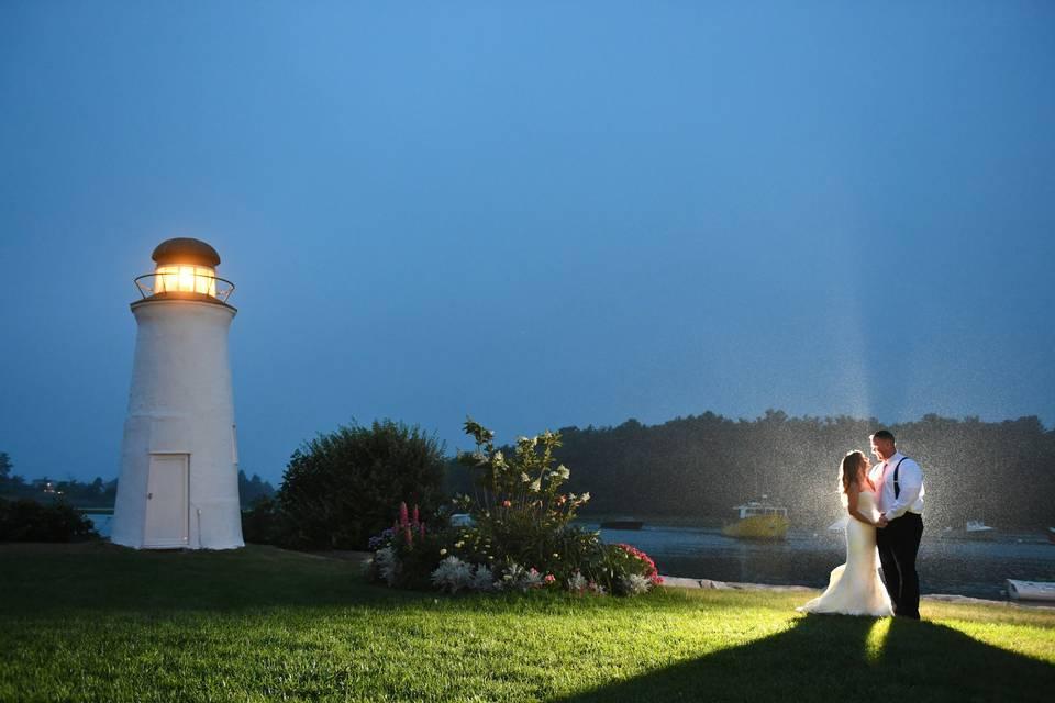 Lighthouse weddings in aine