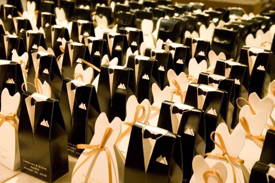 Themed wedding favors