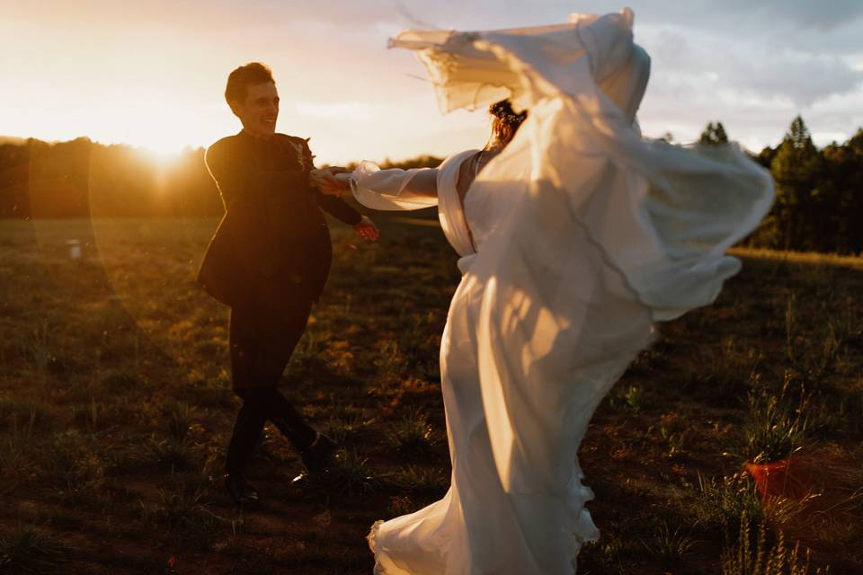 Sunset couple - Tori Parker Photography