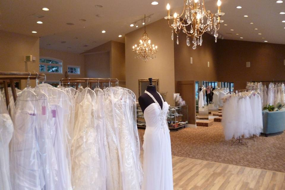 Elegant Touch Bridal & Tuxedo