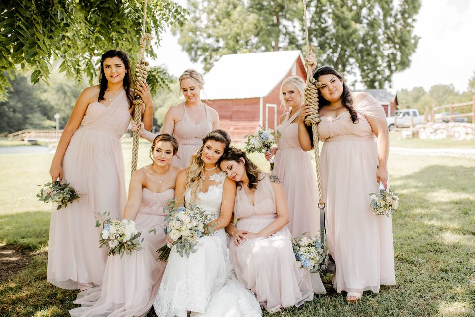 Daisies n' Such Wedding Designs and Consulting