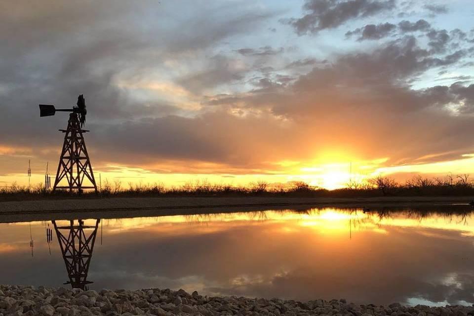 Beautiful sunsets at Twin Lake