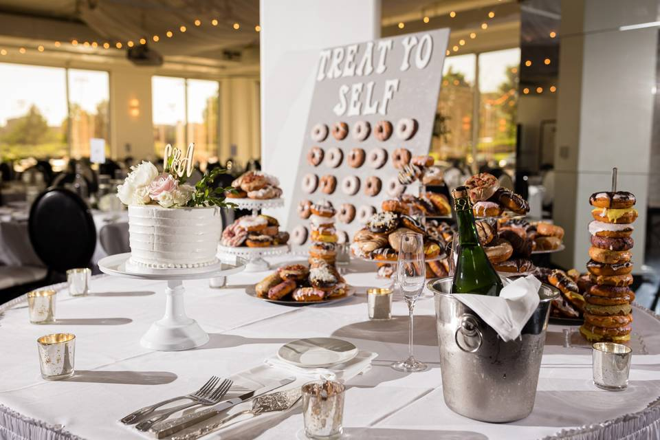 Cake Table feat. Donut Wall