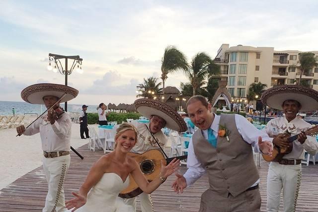 Fun reception at Dreams Riviera Cancun, Riviera Maya, Mexico