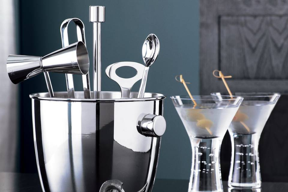 <b>Bar Tool Set</b><br>Handcrafted in polished stainless with classic sophistication. Includes tongs, strainer, spoon, jigger and bottle opener.