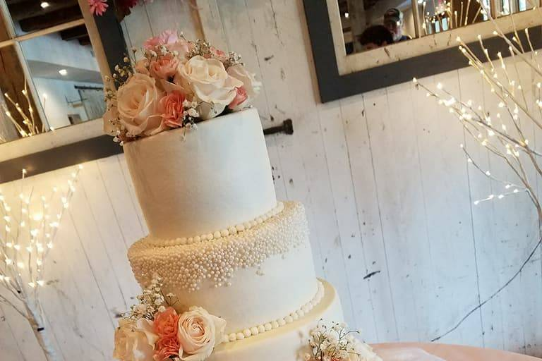 4 tiers in pearls