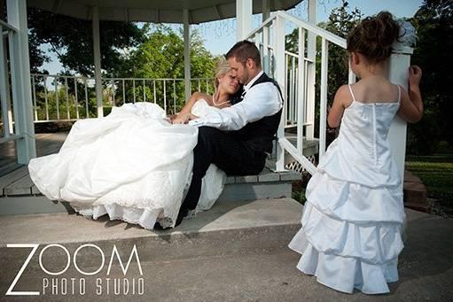 Zoom Photo Studio, LLC