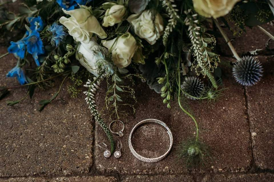 Flowers for ring photos